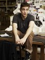 new outtakes- Robert pattinson photoshoot - twilight-series photo