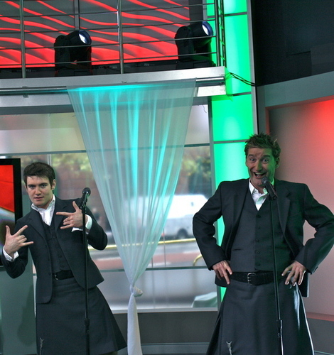 one zaidi to give ya'll an idea how serious things are in Celtic Thunder!