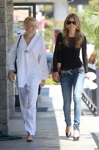 March 31st: AnnaLynne McCord At a local mixed-martial arts studio