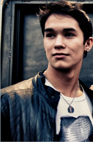 Boo Boo Stewart Hintergrund possibly containing a sign entitled *New Booboo Stewart pics!!!*