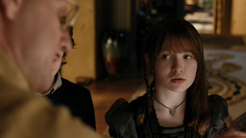 Emily Browning kertas dinding possibly containing a portrait titled A Series of Unfortunate Events