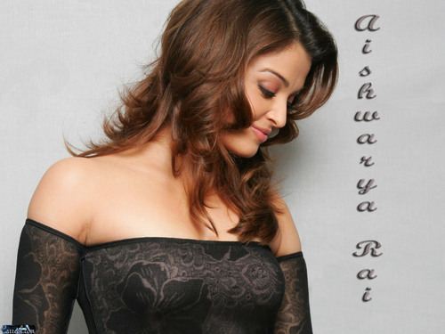 Aishwarya Rai kertas dinding possibly containing a makan malam, majlis makan malam dress, a koktel dress, and a bustier entitled Aishwarya Rai