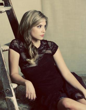 Ashley Benson - Troix magazine