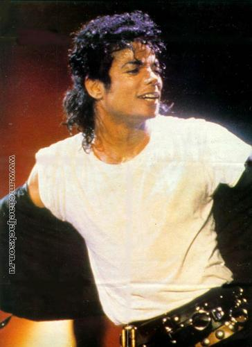 The Bad Era achtergrond with a concert called Bad Tour Pictures