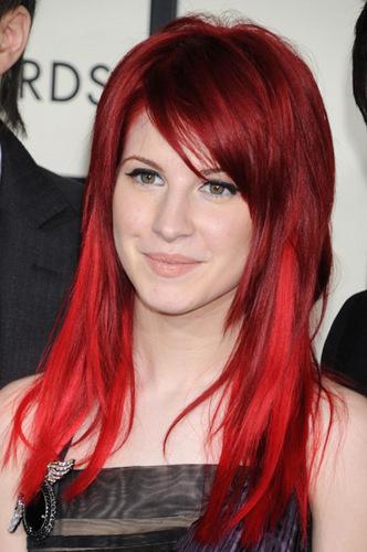 चेरी Red Hair