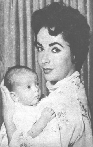 Elisabeth Taylor fond d'écran containing a neonate entitled Elizabeth and her children