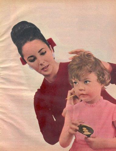 Elisabeth Taylor fond d'écran containing a portrait called Elizabeth and her children