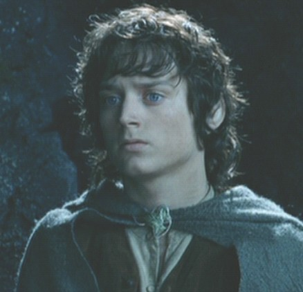 Frodo TTT looking cute!