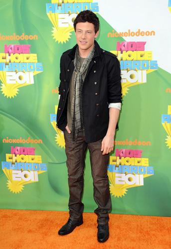 স্বতস্ফূর্ত at the 2011 Kids' Choice Awards