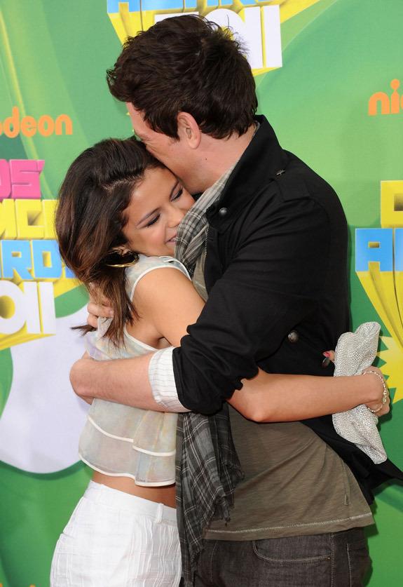 glee at the 2011 Kids' Choice Awards