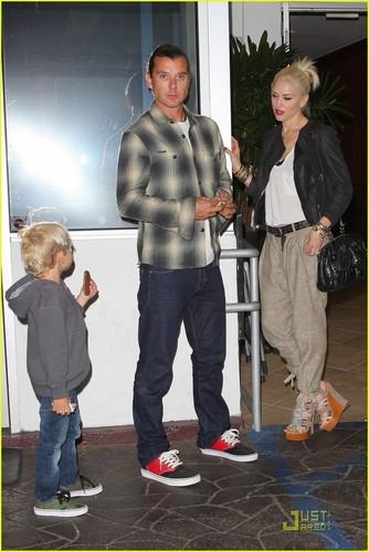 Gwen Stefani: chajio, chakula cha jioni with the Family!