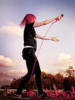 Hayley Live