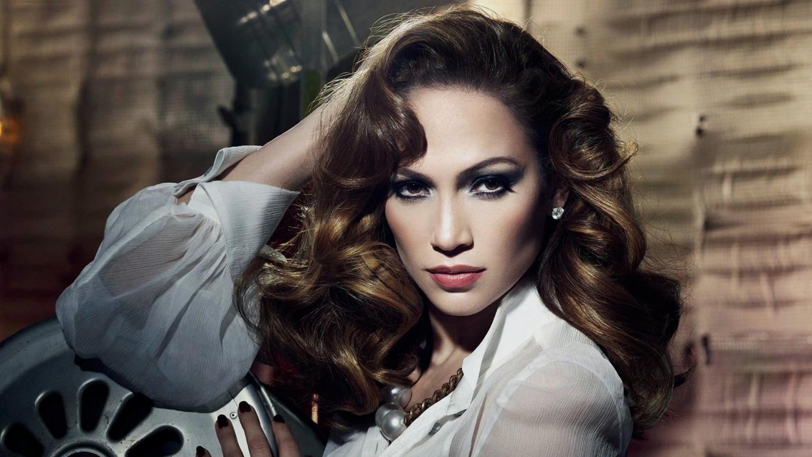 Jennifer Lopez - Picture Gallery