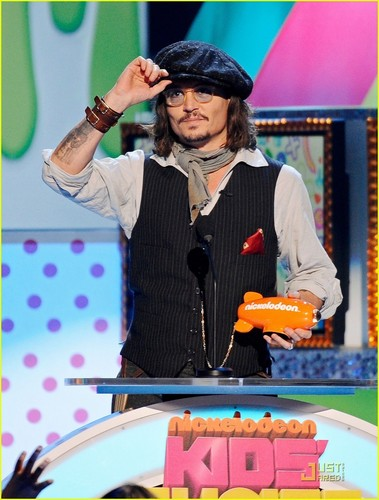 Johnny Depp: Slime Hose at KCA 2011!