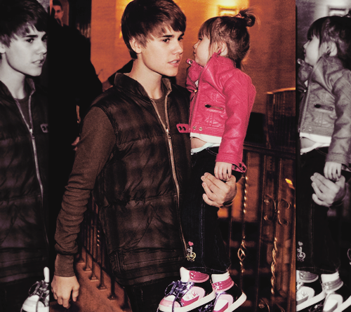 Justin& His Family<3333