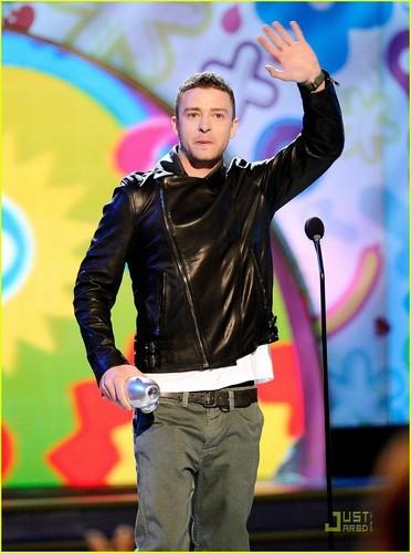 Justin Timberlake: 'Big Help' at KCA 2011!