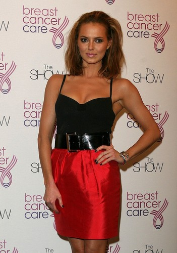 Kara-Breast Cancer Care Fashion Show, Londra