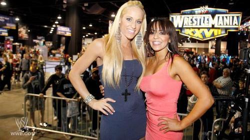 LayCool at WWE Axxess