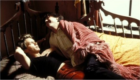My Own Private Idaho Behind the Scene - river-phoenix-and-keanu-reeves Photo