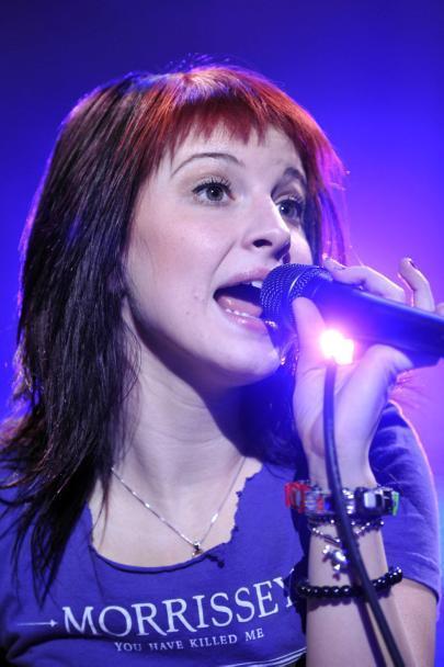 hayley williams purple hair - photo #1
