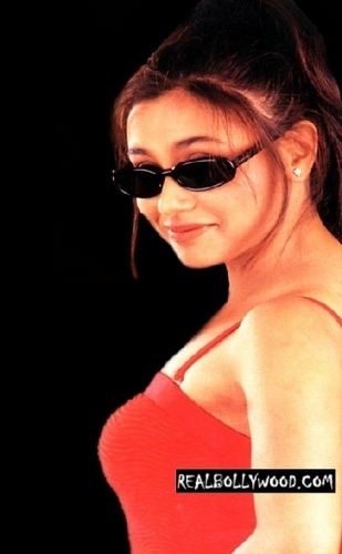 Rani Mukherjee wallpaper with sunglasses titled Rani