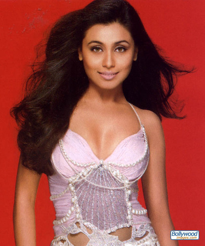 rani mukherjee wallpaper probably containing a koktil, koktail dress, a bustier, and a chemise entitled Rani