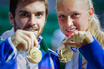 Scots pair Colin Fleming and Jocelyn Rae claim stunning gold on 테니스 court