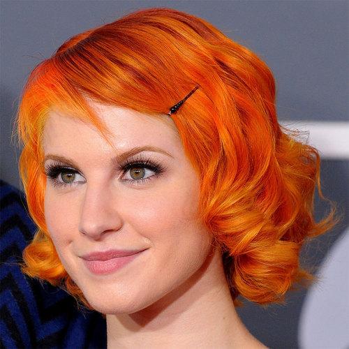 Short Bright مالٹا, نارنگی Hair