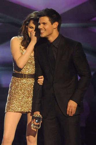 Taylor & Kristen TCA 2011