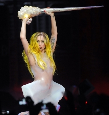 The Monster Ball Tour, Los Angeles 28/3
