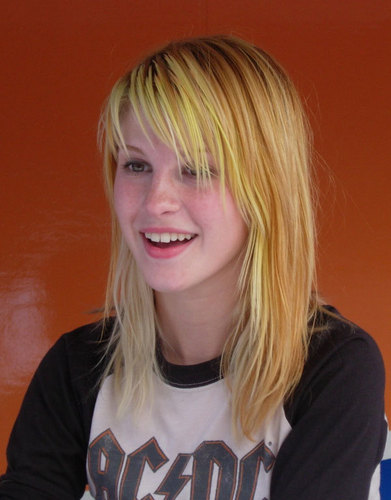 Yellow/Blonde Hair