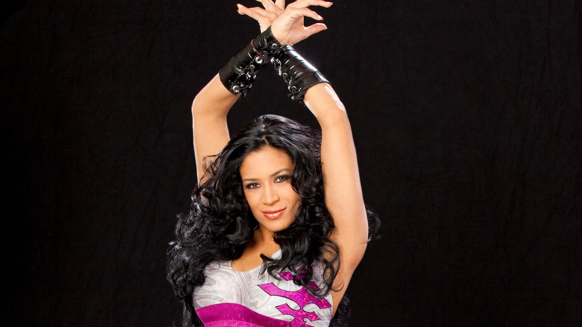 WWE Melina Perez Splits