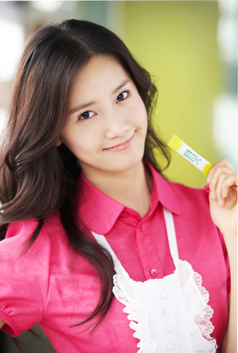 少女时代 壁纸 probably with a portrait titled yoona