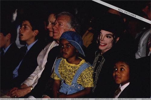 .................MJ.................
