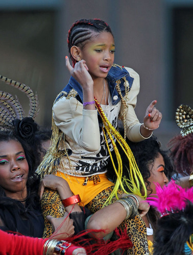 Willow Smith wolpeyper entitled 21st Century Girl