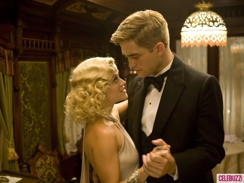 "4 *NEW* ""Water For Elephants"" Stills!"