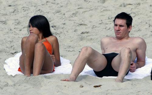 Antonella and Messi in Cancun ....