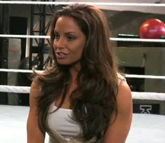 Brunette Trish - trish-stratus Photo