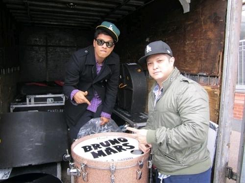 Bruno Mars ♥ Bruno Mars's Photo 2010/11/05_19:00:39