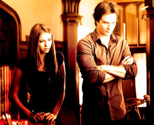 엘레나 길버트 바탕화면 probably containing a street, an outerwear, and a drawing room titled Elena & Damon