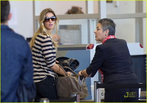 Gisele Bundchen: LAX Lady
