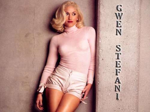 Gwen Stefani wallpaper possibly containing skin titled Gwen Stefani