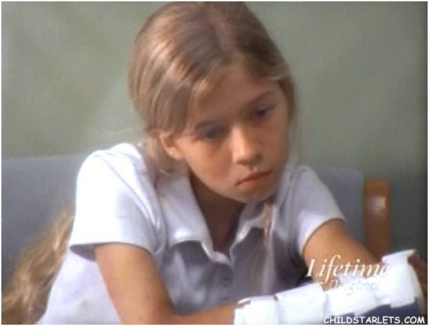 Jennette McCurdy (Strong Medicine [Hailey Campos]) 2004 - Age 11