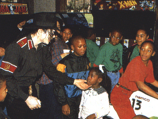 MJJ :D :D who dosn't Amore the dangerous era?