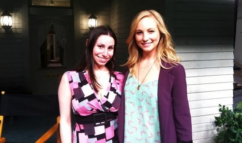 New litrato of Candice on set of TVD with Robyn Ross [04/04/11]