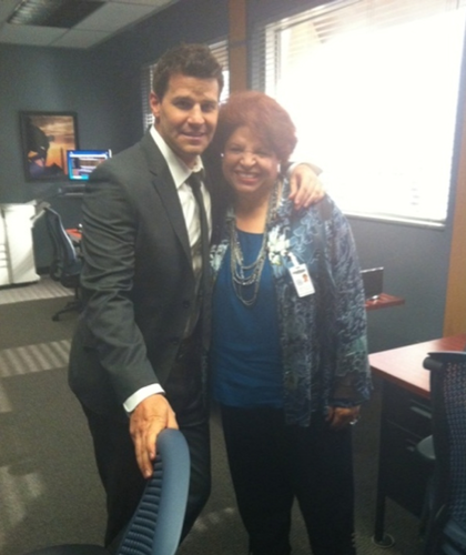 David Boreanaz wallpaper containing a business suit called On the Set!