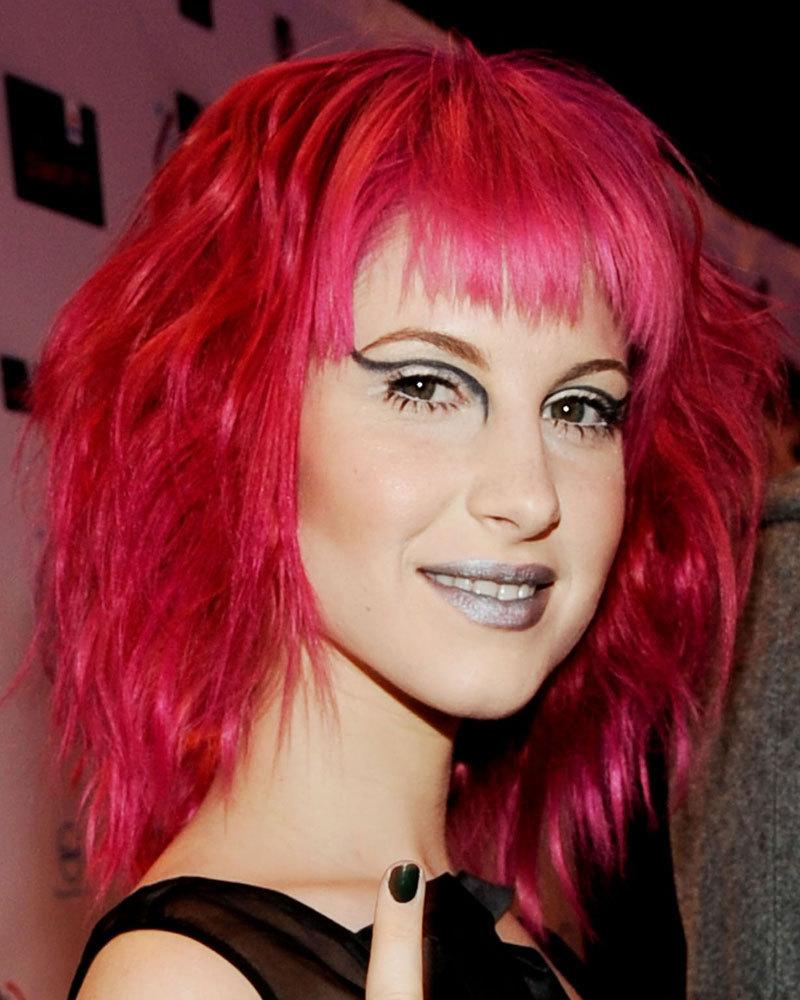 Pink Wavy Hair Hayley William S Hair Photo 20709778