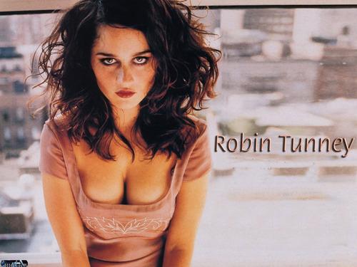 Робин Танни
