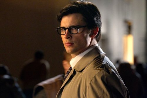 Smallville - Episode 18 - Booster - Promotional Photos