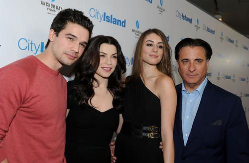 Steven, Julianna Margulies, Dominik Garcia-Lorido & Andy Garcia @ 'City Island' Premiere - 2010